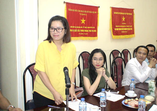 Photo Reportage of the Preliminary meeting on the first 5  broadcasts of  the program Nature - Environment on the Voice of Vietnam TV (VOVTV)