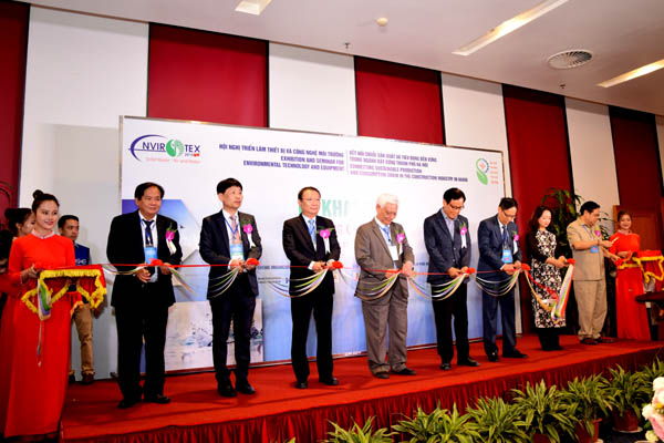 Pictures of the Opening Ceremony of the Conference  - Exhibition of Environmental Equipment and Technology
